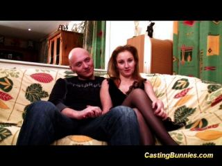 Cute French Chicks Primer Puño Anal Casting