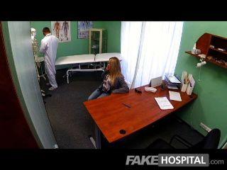 Fakehospital Joven Rubia Toma Un Creampie
