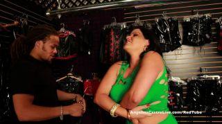 Busty Angelina Castro Tienda De Sexo Fuck Tour!