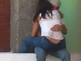 Pareja Chilena De Copiapo Pillados En La Calle