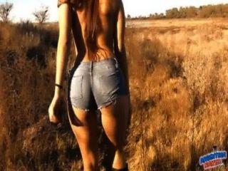 Increíble Cuerpo Nena Al Aire Libre Nudismo!culo Perfecto, Tetas Coño N!