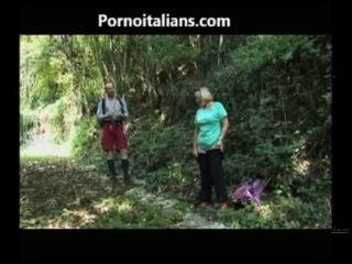 Il Pompino Della Tardona Nel Bosco La Mamada Niña En El Bosque Cazzo Ita