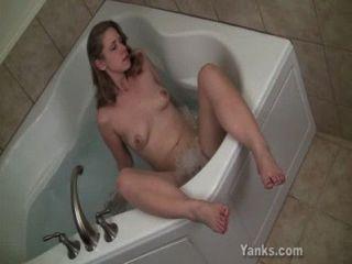 Caliente Carmen Masturbándose Su Coño