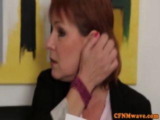 Humillación Femenina Con Golpes De Stephanie