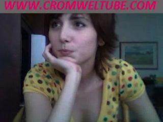 Mamá Coge La Hija Chupar Polla En La Webcam Www.cromweltube.com