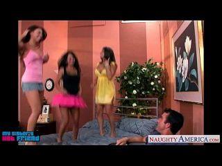 Caliente Brunettes Mariah Milano, Rachel Roxxx Y Rachel Starr Follar A Un Tipo