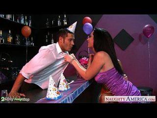Busty Babes Dylan Ryder Y Jayden Jaymes Compartir Un Perno En La Fiesta