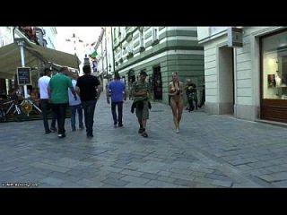 Loca Rubia Pollita Susana Desnuda En Las Calles Públicas