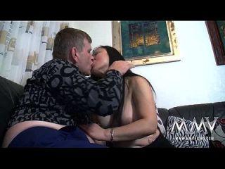 Mmv Películas De La Doncella Tiene Enormes Tetas