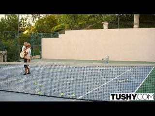 Tushy Primer Anal Para El Estudiante De Tenis Aubrey Estrella