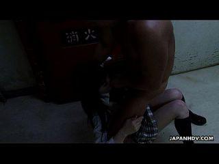 Chica De Escuela Asiática Chupar Duro En La Grasa Dong