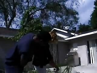 La Mujer Blanca Golpea 2 Policías Negros Para Pagar Por Muchas Infracciones De Parking Hubbys!