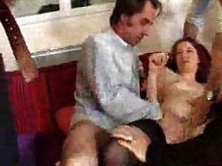 Mujer Francesa Mierda Con 4 Hombres Gang Bang