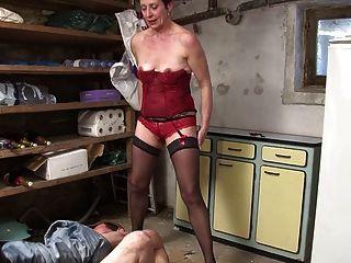Diana La Madura Se Tape Le Jardinier Sur Telsev.tv