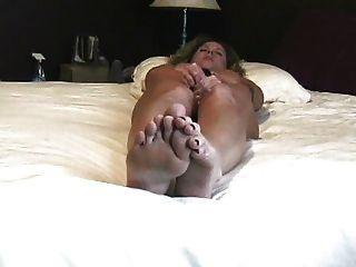 Verdadero Orgasmo En Casa Solo En El Dormitorio