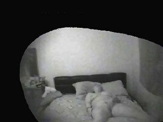 Voyeurs De La Familia.cámara Escondida En Casa De La Familia