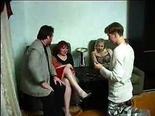 Swingers Rusos O Asuntos De Familia! F70
