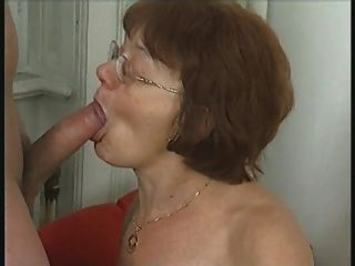 La Abuela Lo Consigue