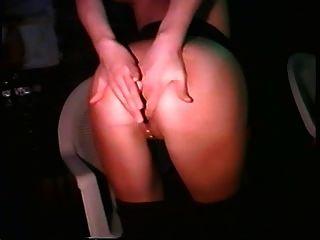 La Chica Del Carnaval Se Desnuda