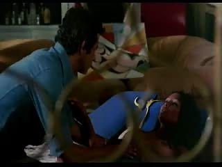 Laura Gemser Desnuda En Emanuelle En Egipto 2