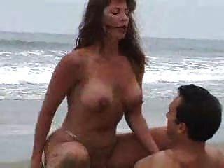 Sexo En La Playa