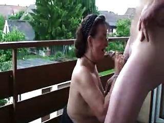 Slutty Esposa Madura Doggystyled En El Balcón