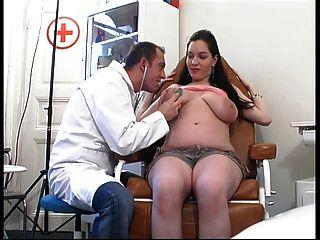 Las Muchachas Embarazadas Consiguen La Cogida Dura