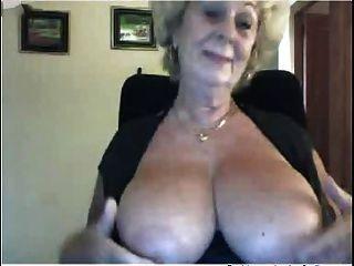 Abuela Encantadora En La Web R20