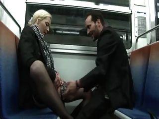 Alicia Analfucked En El Metro By William
