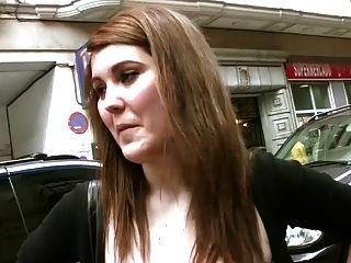 Torbe Recoge A Una Chica En Las Calles