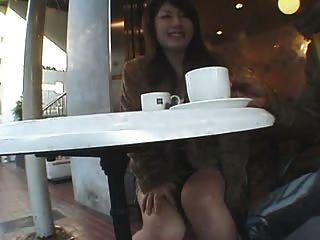 Chica Aficionada Japonesa Con Grandes Tetas