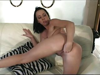 Julie Noche Dp Anal Doble Y Fisting