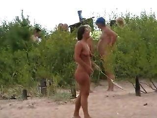 Juego De Playa Desnuda