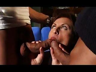 Veronika Simon Chupa La Polla Dura Para El Facial