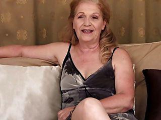 Entrevista De Abuelita Y Masturbación