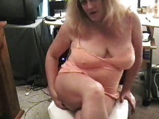Sucia Abuela Farting En La Cámara