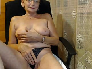 Abuela Super Erótica Y Divina