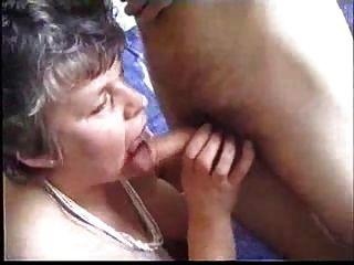 Abuelita Chupa Y Folla Con El Estudiante