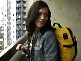 Mandy Se Encerró En El Balcón 1