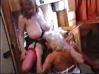 Titanic Toni \u0026 Lynn Armitage Campervan Acción Lesbiana