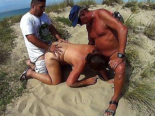 Puta De Playa