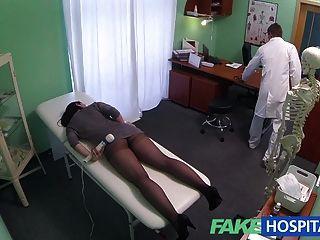 Fakehospital Cámaras Ocultas Captura Femenina Paciente Usando Massa
