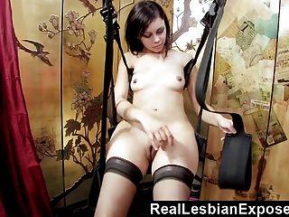 Primera Vez Sexo Lesbiana Con Bff