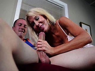 Pornstarplatinum Erica Lauren Joven Mano