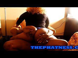 Mia X Lapdances Y Folla En Thephatness.com