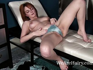 Lola Gatsby Habla Sexy Durante Un Striptease Sexy