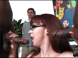 Mujer Zorra Folla 2 Bbc En Frente De Marido Cuckold
