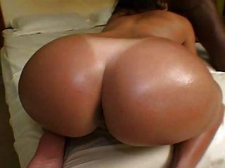 Layla Big Round One