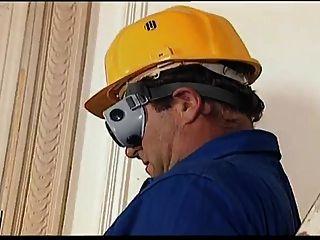 Trabajador De La Construcción De ébano Follando En El Trabajo