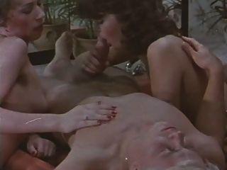 Orgía Del Baño